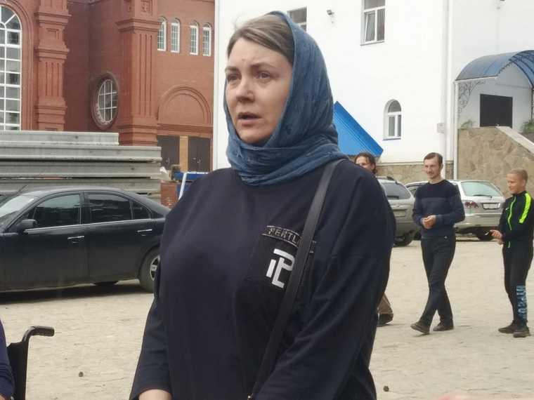 Сторонники отца Сергия открыли мятежный монастырь журналистам. Фоторепортаж
