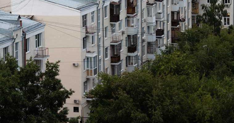 отнявших квартиры актера Баталова