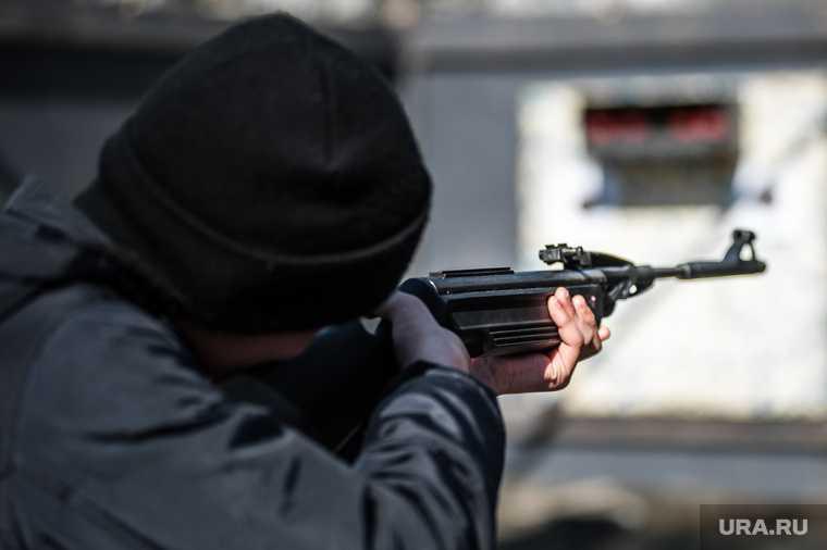 Челябинская область полиция МВД Магнитогорск пневматика оружие подростки нападение трамвай пуля операция розыск преступника