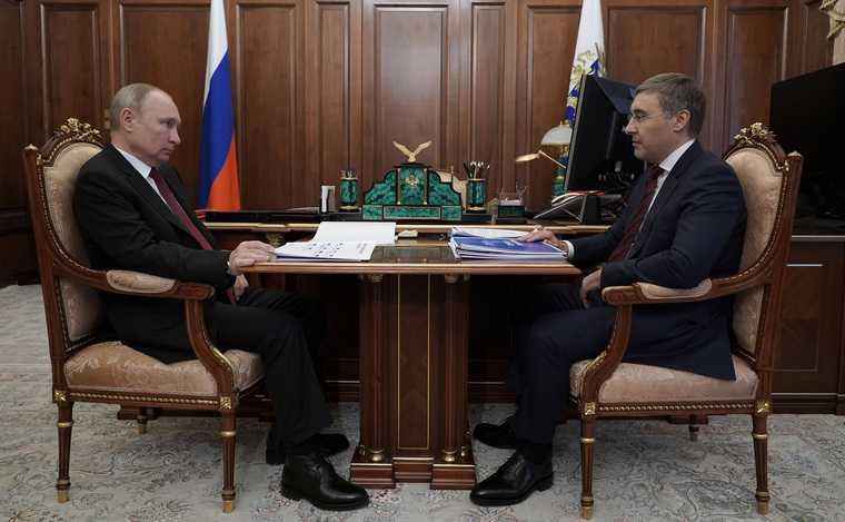 Путин ответил наскрытый риск для власти врегионах