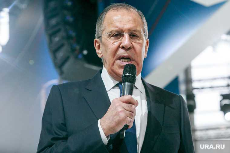 Лавров вспомнил слова Путина о разрушении Украины из-за Донбасса