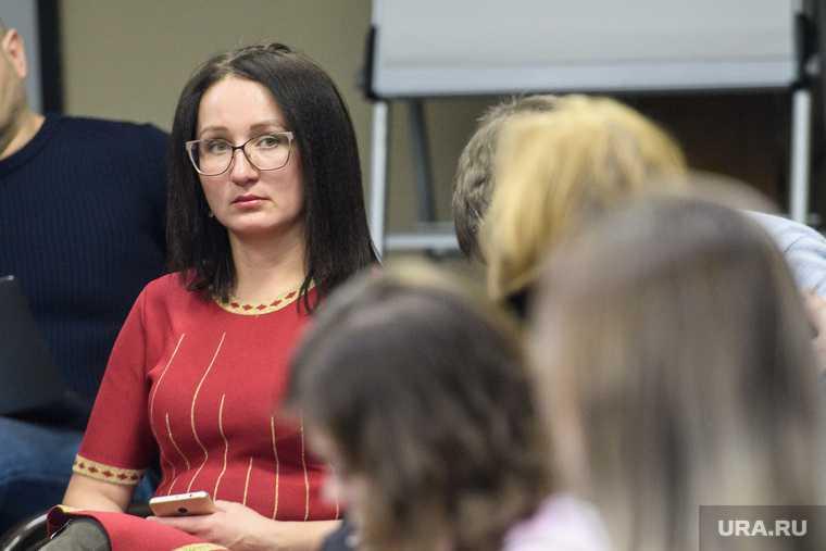 депутат Крылова подставила Единую Россию выборы 2021 Асбестовский избирательный округ