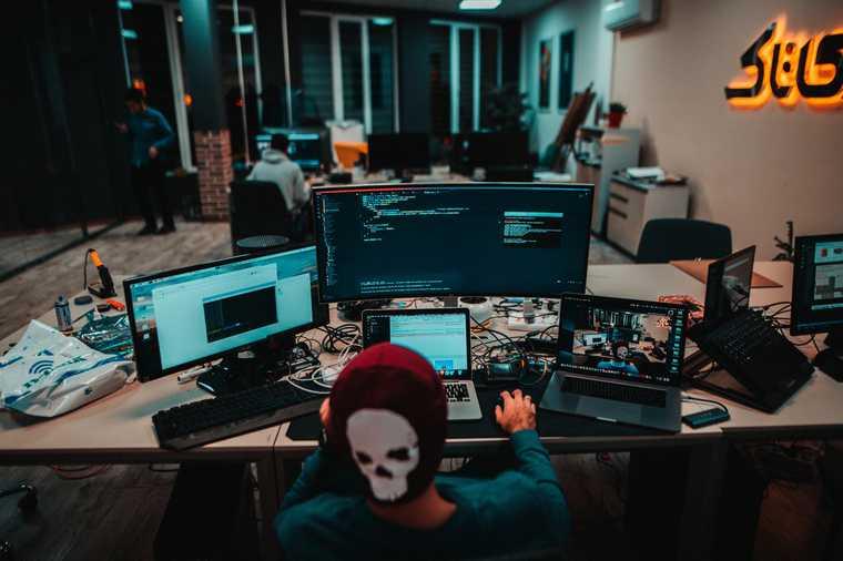 хакер атака банк счет мошенничество кибер