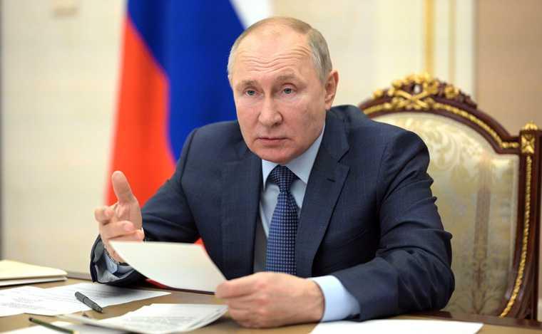Путин Голикова совещание выплаты