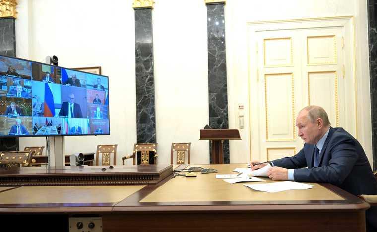 Путин готовит россиянам новые выплаты отгосударства
