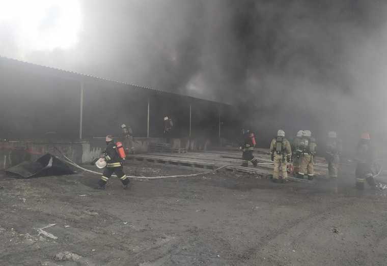пожар Уралмаш завод склад