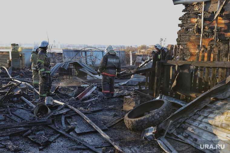 Тушение пожара  на улице Зои Космодемьянской. Курган