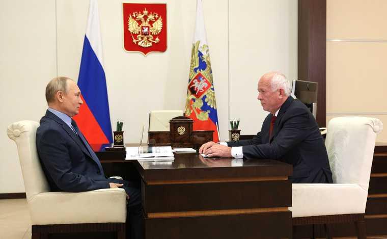 Путин показал, когда восстановятся авиаперелеты